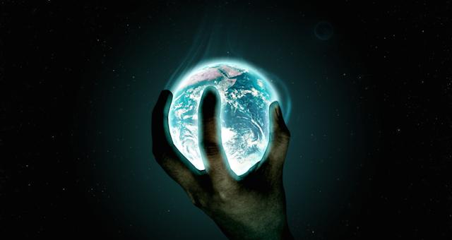 Earth-Alien-Hand