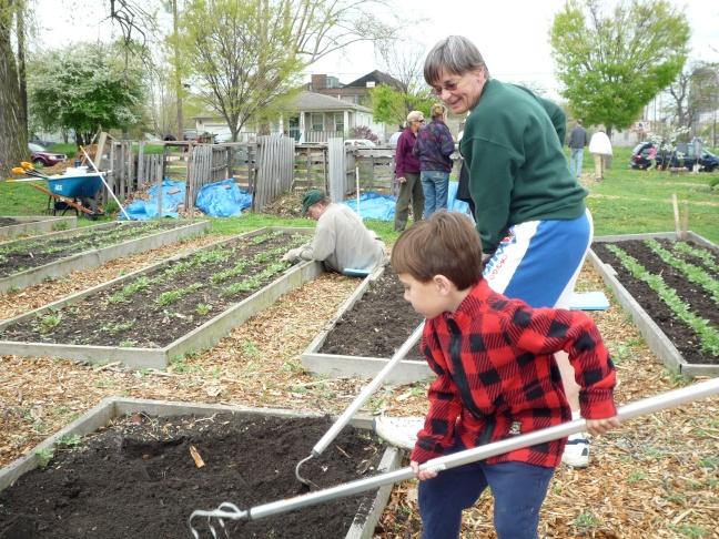 trinity-community-garden-planting